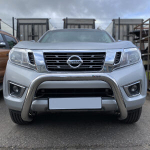 Nissan Navara 2016 on bull bar