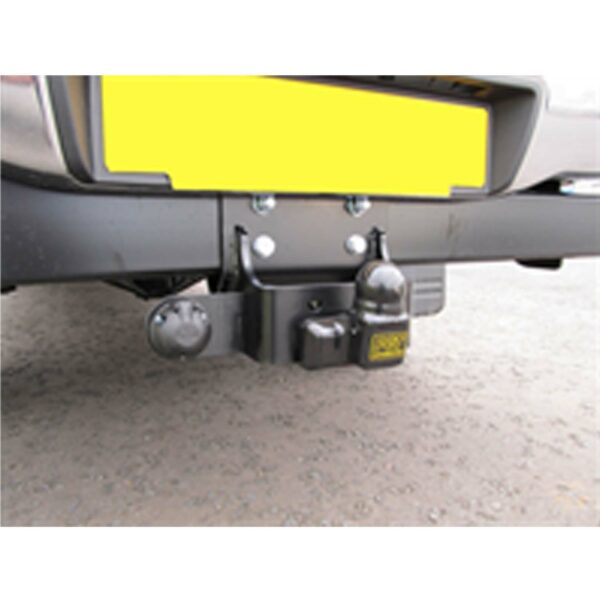 Toyota Hilux Tow Bar Complete