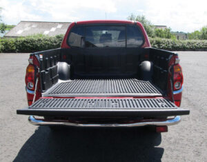 Mitsubishi L2000 Series 5 - over rail load bed liner