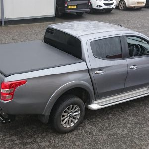 MITSUBISHI L200 SERIES 5 / FULLBACK 2016 ON DOUBLE CAB SOFT TRI FOLD TONNEAU COVER