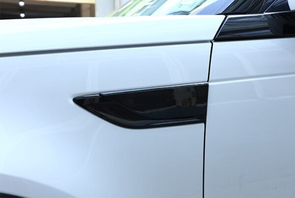 land rover discovery 5 side vent cover - trim