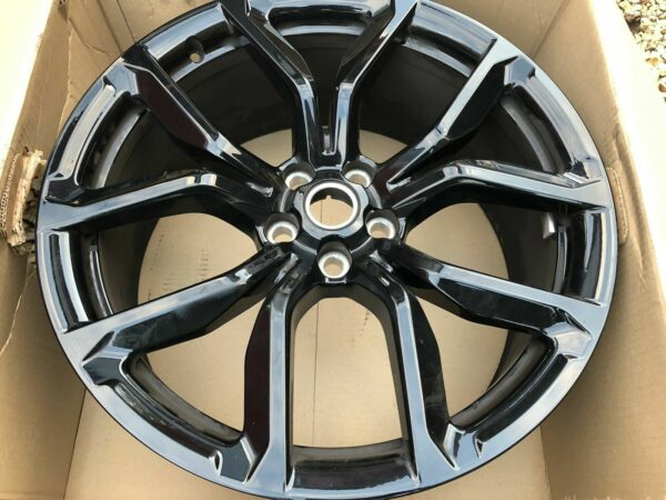 LAND ROVER SVR STYLE 5 SPIT - SPOKE 22 INCH ALLOYS WHEELS WITH GLOSS BLACK FINISH - SET OF 4